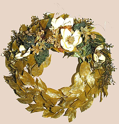 Shaganappi Designs - Christmas Gold Wreath