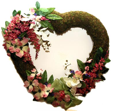 Shaganappi Designs - Moss Dogwood Heart Wreath